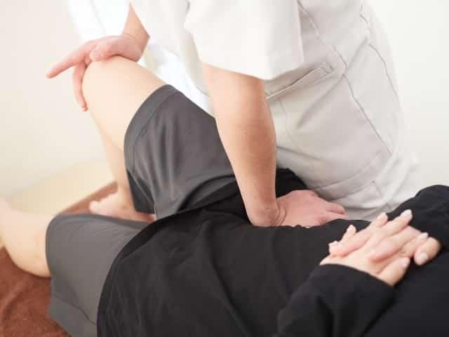 骨盤を中心にリンパの流れを促す施術でアトピーを改善します